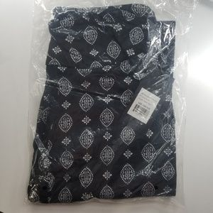 Pants - Nwt womens leggings one size